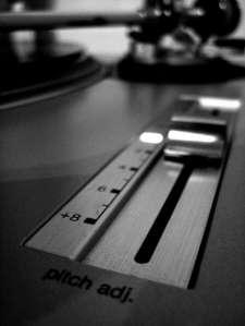 DJ AM TT